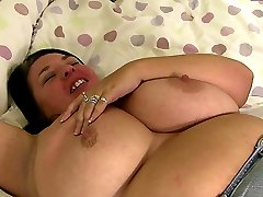Bored brunette plumper in fishnets tries everything with a black dude