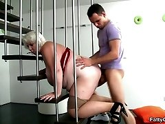 She takes picture with the photographer and then he has great sex with the hot BBW