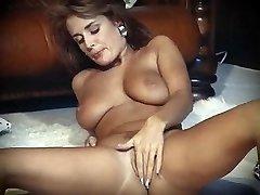 I LOVE ROCK'N'ROLL - vintage ideal tits striptease dance