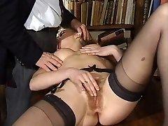 ITALIAN PORN anal invasion hairy stunners threesome vintage