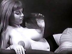 Vintage Big Tits Boobies Puffy Nipples Thicket