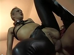 Linda Dolce as a subordinated whore visiting evil archbishop