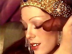 O.Z. Classics No.15 - Cleopatra & The Ebony Subs.avi