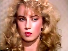 Traci Lords Loves Yellow Fuck-stick