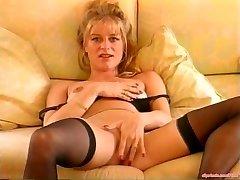 Dirty Talking MILF Mastubating Antique Porn