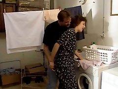 Angel Paris Effortless Maid