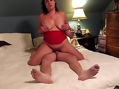 Amateur Becky Tailor rails hard for early Birthday internal cumshot surprise!