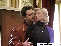 Meet her on CAS-AFFAIR.COM - French Old School