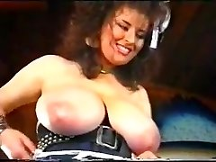 Vintage fitting bras beach an big udders