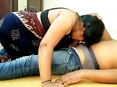 Indian Big Boobs Saari Girl Blowjob and Gobbling Beau Cum