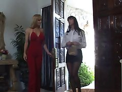 Summer Cummings Catfight Lesbian Strap On Action