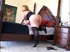 Mature Plus-size Enjoys Black Cock