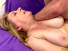 Amazing Grandma Penny Sue Shows off Her Super-naughty Lust