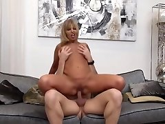 Big Jugged Mature Is Getting Her Honeypot Licked And Expecting To Get Some Cum On Face