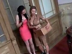 Milky lesbians