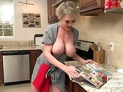 Slutty Housewife Gets Smashed Up The Butt by Random Guy She Met Online