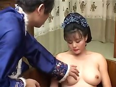 Chinese beauty horny MILF