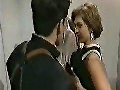चेल्सी ब्लू डबल प्रवेश के साथ - टॉम बायरन और टीटी लड़की