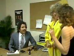 Lush brunette secretary gets laid with talkative Arab guy