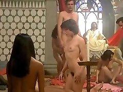 Emanuelle perche violenza alle donne (1977) - लौरा Gemser