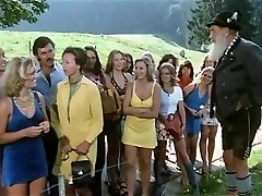 1974 German Pornography classic with amazing ultra-cutie - Russian audio