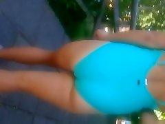 Culona en bathing suit