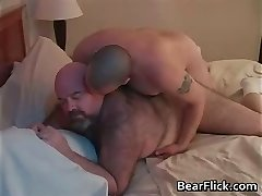 Big ass queer bears Dirk Grizzly and Chase part4