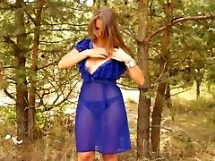 Glamour milf with tanlines fucked rigid in the woods