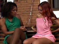 Shemale romps girl in pantyhose