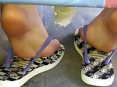Candid teen amazing feet and feet sola pies