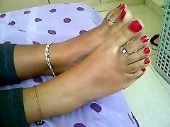 teenie indian feet