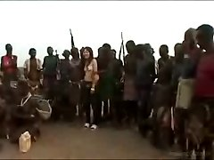 Japon Melek Afrika ile Korunmasız Var
