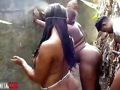afrika seks ritüeli dışarıda önceden şekillendirildi!?!