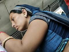 Desi Rajasthani Bhabhi hot tummy in Bus