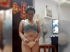 Indo Maid Sri Utami Wonderful Dance 19