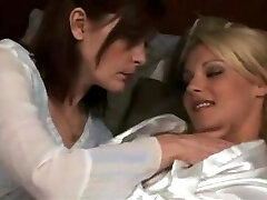 mature lezzy make out with hot blond