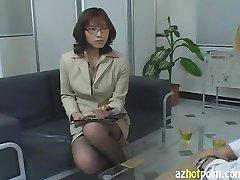 AzHotPorn.com - Slutty Asian Kobieta-Prawnik Hańbą