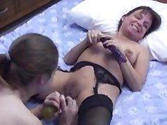 Mature Midget Vixen and Danni 51x3