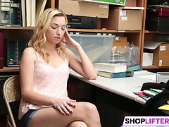 Shoplifter Zoe Parker Gets Banged By The LP Officer