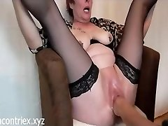 Mature Extreme Fisting with Orgasm Splashing