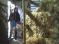 Girl hidden Masturbating In A Barn