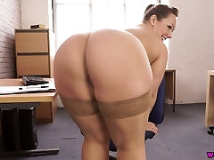 Voluptuous 29 yo English nympho Ashley Rider is so into teasing her own cooter