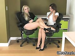 Hot brunette and blonde babes get horny part5