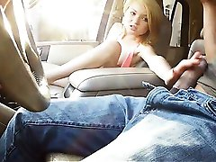 Cute blondie teen Dakota Skye pussy banged by horny dude