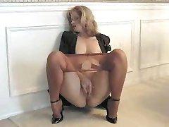 Sammi masturbē, zeķbikses 040