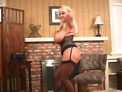 Big Tittied Blonde MILF Kandi Cox Masturbates