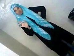Seksi Arabski Študent Razkriva Njen Sredstva, BF