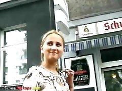 vācu pusaudžu noplūktiem viņas pirmais porno kastings
