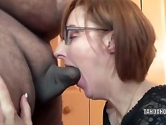 Insane housewife Layla Redd is blowing a dude she just encountered