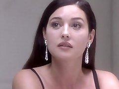 Monica Bellucci Meztelen - Gyanú